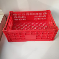 plastic collapsible crates (1